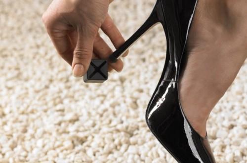 В России запретят кеды, обувь на высоких каблуках и балетки