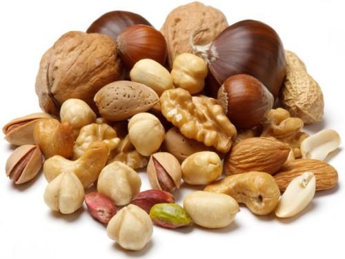 Ученые рекомендуют спасаться от сердечных болезней с помощью орехов
