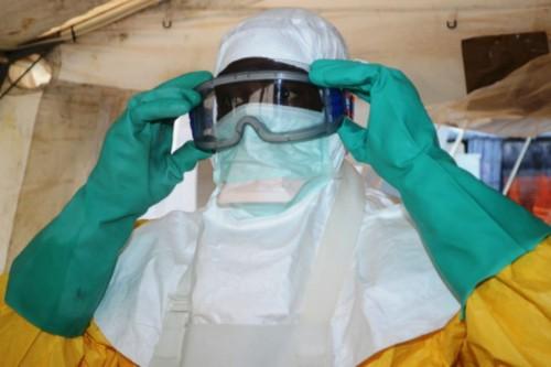 После побега из больницы, пациентка с болезнью Эбола скончалась