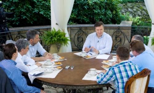 Янукович осмелел и подал иск в Европейский суд на отмену блокировки его миллиардных счетов