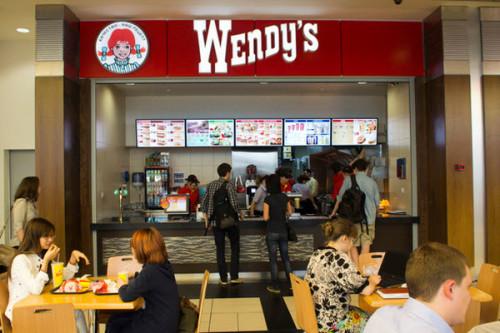 Компания Wendy's Co отказалась вкладывать деньги в 180 ресторанов в России