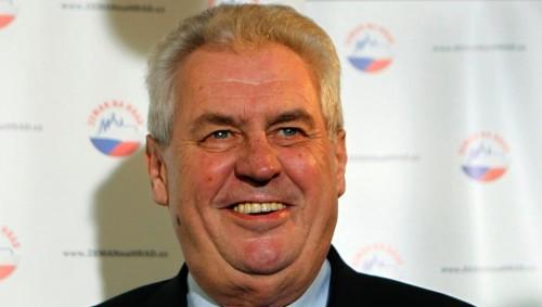 Президент Чехии отказывается поддержать санкции против России