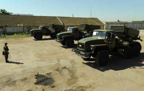 Пентагон : Россия подготовила системы залпового огня для передачи террористам