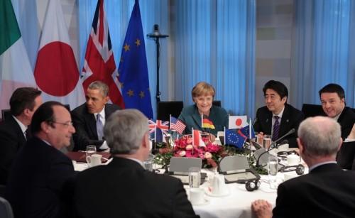 Лидеры США, ЕС, Канады и Японии завтра готовы ввести секторальные санкции против России