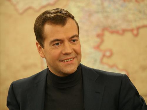 Проблемой Керченской переправы занялся Дмитрий Медведев