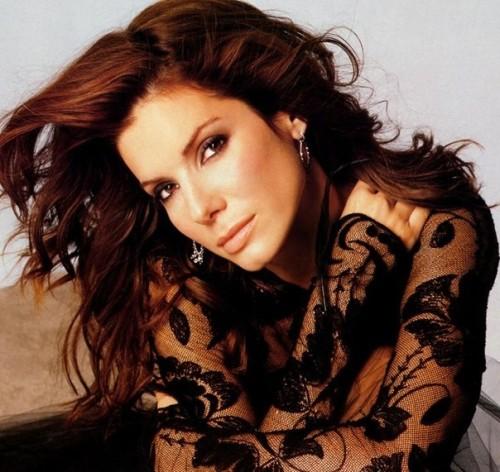 Журнал Forbes признал Сандру Баллок самой дорогой актрисой Голливуда