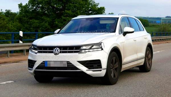Volkswagen представит новый Touareg 23марта