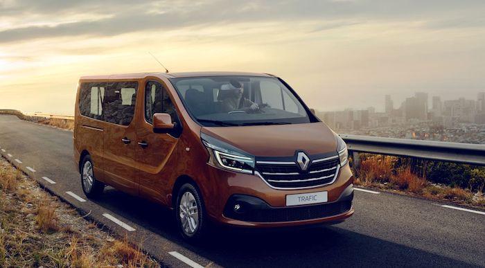 Представлены обновленные малотоннажники Renault