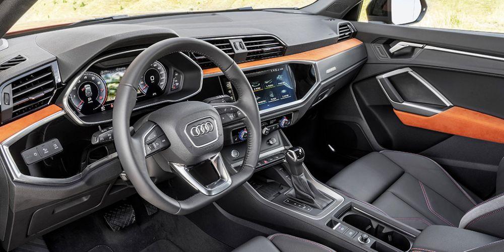 Новый Audi Q3: объявлены цены в России