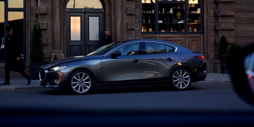 Новый седан Mazda3 неоставил клиентам в РФ выбора